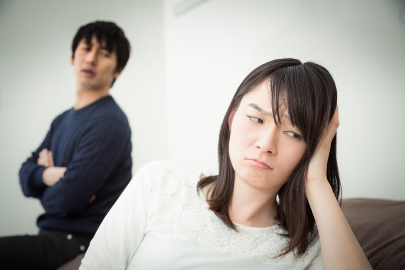 【盗聴器発見調査 浜松】盗聴器を仕掛けられた女性